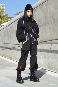 black women's fashion after the Model Street Style, Berlin Street Style, Rihanna Street Style, Edgy Outfits, Mode Outfits, Korean Outfits, Grunge Outfits, Fashion Outfits, Fashion Tips