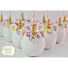 _bakedwithlove_Unicorn themed chocolate covered apples for Sofia Valentina's 1st birthday!!  #unicorn