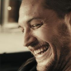 Tom Hardy.. love that smile !!