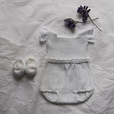 Conjunto bebé pelele blanco de algodón