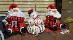 Mason jar ring Santa and Snowman snowmancrafts Christmas Mason Jars, Diy Christmas Ornaments, Christmas Fun, Christmas Decorations, Tree Crafts, Christmas Projects, Holiday Crafts, Jar Lid Crafts, Mason Jar Crafts