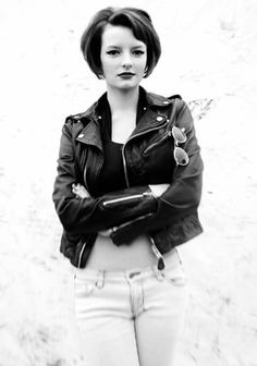 ImageFind images and videos about black and white, skins and dakota blue richards on We Heart It - the app to get lost in what you love. Editorial Hair, Beauty Editorial, Franky Fitzgerald, The Most Beautiful Girl, Beautiful People, Divas, Dakota Blue Richards, Teen Witch, Costumes