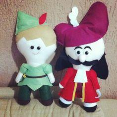 Agora vou dormir um pouco... Pq eu mereço... ;) Peter Pan e Capitão Gancho…