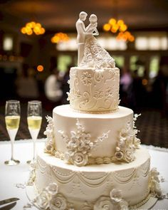 Wedding cakes, simply striking idea, reference 9563021090 - Delightfully romantic wedding cake ideas and answers. Need for additional romantic example, pop by the pin image today. Ivory Wedding Cake, Small Wedding Cakes, Wedding Topper, Elegant Wedding Cakes, Wedding Cakes With Cupcakes, Beautiful Wedding Cakes, Trendy Wedding, Vintage Wedding Cakes, Elegant Bride