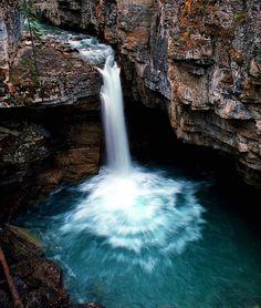 Beauty Creek waterfall, Jasper Nattional Park