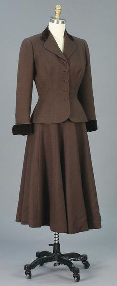 Suit (Date: 1948, Designer: Norman Norell, Source: University of North Texas)