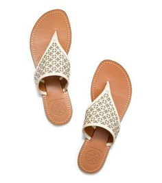 Amara Flat Thong Sandal | Womens Sandals | ToryBurch.com