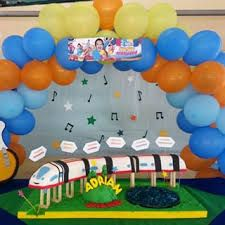 Imagen relacionada Junior Express, Ideas Para, Party, Jr, Valentino, Ideas Party, Food Cakes, Fiestas, Dios