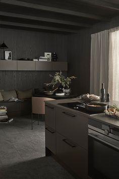 Line er svært anvendelig modell med slette vedlikeholdsvennlige MDF fronter Brown Kitchens, Terrazzo, Vintage Kitchen, Contemporary Design, Kitchen Island, Kitchen Design, Living Room, Interior Design, House