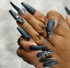 matte grey / blue with black detailing and grey chrome coffin nails