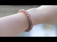How to make tubular netting bracelet. Beaded Necklace Patterns, Beaded Bracelets Tutorial, Beaded Earrings, Beads Online, Bugle Beads, Necklace Set, Jewelry Making, Diy Jewelry, Helmet