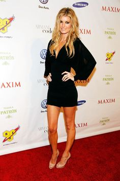 Marisa Miller Photos - Model Marisa Miller attends the 2010 Maxim Party at The Raleigh on February 2010 in Miami, Florida. - Marisa Miller Photos - 554 of 1193 Beautiful Girl Body, Gorgeous Women, Marisa Miller Hot, Sienna Miller, Paris Hilton Style, Sexy Little Black Dresses, Victoria Dress, Tokyo Fashion, Famous Women