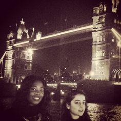 London bridge!  whit my besty @lallinac22 #londonbridge #towerbridge #towerhill #bestfriend #bestmoments #lovelynight #havefun #blackandwhite #instamoment #instapic #instagood #instamood #instalike #instalove by noraunichi