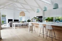 Celebrity Kitchens with Caesarstone: Part Two Celebrity Kitchens, Sweet Home, Melbourne House, Inside Home, Cuisines Design, Open Plan Kitchen, Open Plan Living, Kitchen Living, Interior Design Inspiration