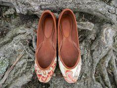 Women's Handmade Shoes Bombay Pump  tan by zhivagosEmporium, €70.00