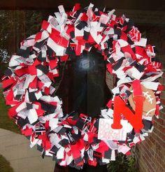 Husker rag wreath