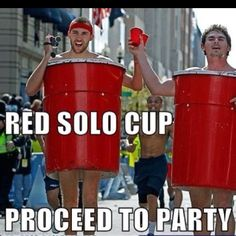 Funny pictures about Red solo cup. Oh, and cool pics about Red solo cup. Also, Red solo cup. Holidays Halloween, Halloween Fun, Halloween Costumes, Halloween Humor, Couple Costumes, Carnival Costumes, Diy Costumes, Best Part Of Me, The Best