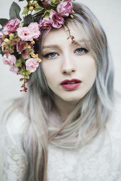 White floral by Jovana Rikalo - Photo 143658935 - 500px - retrato - retratos femininos - ensaio feminino - ensaio externo - fotografia - ensaio fotográfico - book - coroa de flores