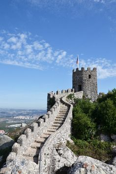 Sintra, Portugal: 8 Reasons Why a Trip to Sintra is the Ultimate Game of Thrones Experience - via Snow to Seas Day Trips From Lisbon, Sintra Portugal, Fairytale Castle, European Destination, Croatia Travel, Portugal Travel, Travel Photographer, Beautiful Places, Amazing Places