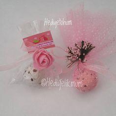 Yeni Trend Çevre Dostu tohumlar🎋🍃🌺 istediğiniz modellerde hazırlanabilir. Sevdiklerinizi çevreci hediyeliklerle mutlu edin. #nikahsekeri #nikahfidani #hediye #hediyefidan #hediyetohum #nikahtohumu #babyshower #mevlid #dugun #dogum #kinahediyesi #bardakmum Place Cards, Place Card Holders, Instagram