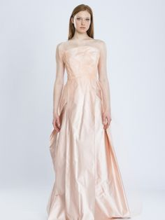 Browse through a great selection of new, used and vintage wedding dresses. Top designers present their latest bridal collections. Your dream dress might be only a few clicks away. Pink Wedding Dresses, Gorgeous Wedding Dress, Designer Wedding Dresses, Elegant Bride, Vintage Bridal, Dream Dress, Bridal Collection, Couture Fashion, Her Style