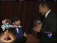 En El Camerino de @JuanLuisGuerra #alfrombraVerde #Latingrammy 2012 #Video   Cachicha.com