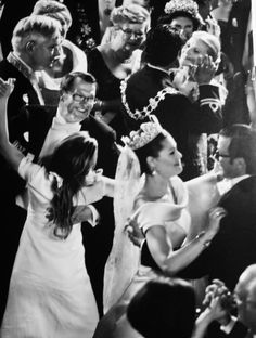 Dancing at the wedding of Crown Princess Victoria and Prince Daniel