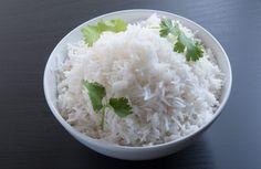 plain rice in oval brass bowl Basmati Rice Recipes, Cooking Basmati Rice, Hip Pressure Cooking, Pressure Cooker Recipes, Slow Cooker, Healthy Rice, Healthy Cooking, Healthy Eating, Rice Instant Pot Recipe
