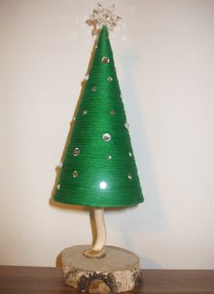 Christmas tree DIY Diy Christmas Tree, Christmas Ornaments, Holiday Decor, Home Decor, Decoration Home, Room Decor, Christmas Jewelry, Christmas Decorations, Home Interior Design