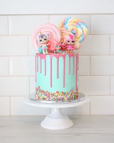 Totally love the colours on this LOL surprise dolls cake and that. Informations About Totally love the colours on this LOL surprise dolls cake and that s Doll Birthday Cake, Funny Birthday Cakes, 6th Birthday Parties, Humor Birthday, Birthday Ideas, Surprise Cake, Surprise Birthday, Surprise Ideas, Happy Birthday