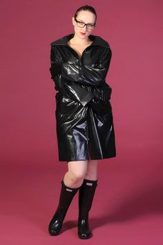 Shiny Days, Black Raincoat, Rain Wear, Riding Boots, Latex, Leather Skirt, Kitty, How To Wear, Boots