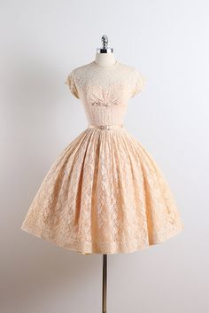 1950's 'Pearl Chapel' Apricot Pink Floral Lace Party Dress