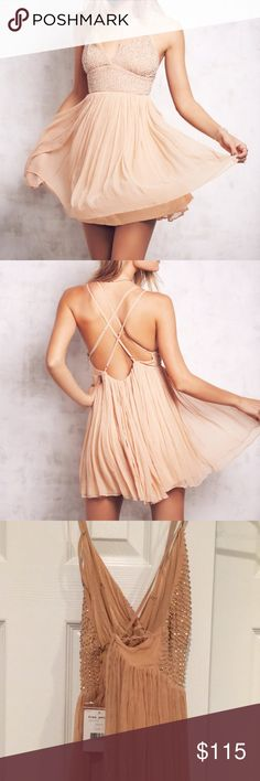 """Free people like a diamond mini dress in peach! Looks darker in real life compared to pics on model. Brand new with tags and extra beading and never worn because wasn't the dress I was looking for. Also too short for me (5'8""""). Free People Dresses Mini"""