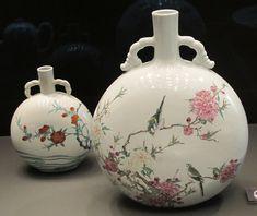 Moon Flasks Famille rose Qing     1723 -35           Sir Percival David