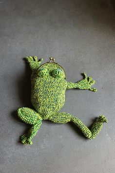 Toad House, Knit Crochet, Turtle, Sewing Patterns, Pouch, Textiles, Embroidery, Knitting, Crocheting