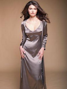 Pyjama Satin, Satin Nightie, Silk Nightgown, Satin Sleepwear, Satin Lingerie, Satin Skirt, Pretty Lingerie, Beautiful Lingerie, Satin Dresses