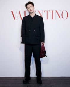 "Lay Zhang posted on Instagram: ""Thank you so much @maisonvalentino for inviting me! @pppiccioli!"" • See all of @layzhang's photos and videos on their profile. Exo, Foto E Video, Photo And Video, Yixing, Knock Knock, Rapper, Normcore, Formal, Photos"