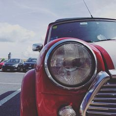 Guess Who!? ...my sweety! 😍 #mini #rover #oldcar #oldisbetterthannew  #minicooper #vintagemotors #oibtn #carporn #motors #vintagecar #red #sunnyday #travel #igers  #english  #style #igersitalia #history #story #follow #followme #photooftheday #passion  #insta #miniclassic #beautiful #cute #instagood #like4like