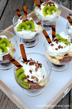 Healthy Diet Recipes, Fruit Recipes, Appetizer Recipes, Sweet Recipes, Dessert Recipes, Appetizers, Kiwi, How Sweet Eats, Deserts