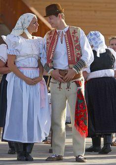 Liptov. Slovakia 7 Continents, Folk Embroidery, Folk Costume, Folklore, Traditional Outfits, Evolution, Ruffle Blouse, Culture, Dance