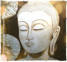 ❦ Hüte Dich vor negativen Gedanken, denn sie greifen Körper und Geist an. Sie sind die ersten Symptome des Übels. Heile Deinen Geist, wenn Du Deinen Körper heilen willst. Schule Dich in positivem Denken, selbst in den Prüfungen Deines Lebens. ❦  - Tibetische Weisheit -