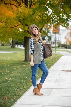 How to style a gingham shirt