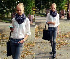 Louis Vuitton Bag, H&M T Short, H&M Scarf