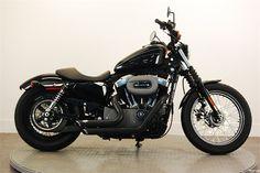 Harley Davidson xl1200 Год выпуска: 2009Harley Davidson xl1200Длина (мм) 2245Высота по седлу (мм) 725Угол наклона рулевой колонки (градусы)/вылет передней вилки (мм) 30/117О...