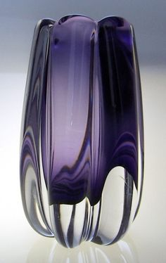 1940s Elis Bergh KOSTA art glass vase