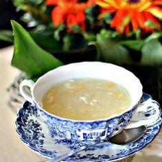 Un calientita sopa de maíz y pollo, para el alma. | 16 Deliciosas recetas de comida china que puedes hacer en casa