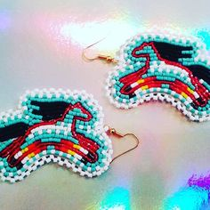 #beadwork #beadedearrings #horses