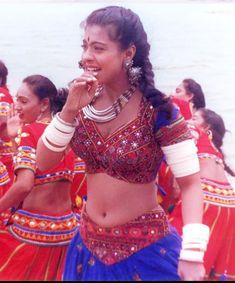 South Indian Actress Hot, Indian Bollywood Actress, Indian Actress Hot Pics, Bollywood Actress Hot Photos, Actress Pics, Beautiful Bollywood Actress, Most Beautiful Indian Actress, Indian Actresses, Stylish Girl Images