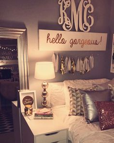 Bedroom decor for teenage girl teenage bedroom wall decor girl room wall decor girls bedroom wall Cute Teen Rooms, Cute Dorm Rooms, Dorm Room Signs, My New Room, My Room, Cute Bedroom Ideas, Bedroom Themes, Bedroom Inspiration, Bedroom Decor For Teen Girls Dream Rooms
