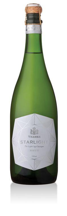 Villiera Starlight Brut NV - The Light Cap Classique Wine Label Art, Wine Label Design, Bottle Design, Bottle Packaging, Bottle Labels, Wine Labels, Sparkling Wine Brands, Etiquette Champagne, Low Alcohol Wine